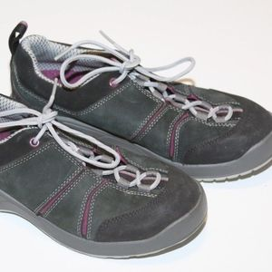 Chaco Hiking Shoes 7.5